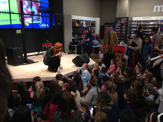 Anaïs Delva meeting Frozen fans in Aubagne (France) on February 14, 2015.