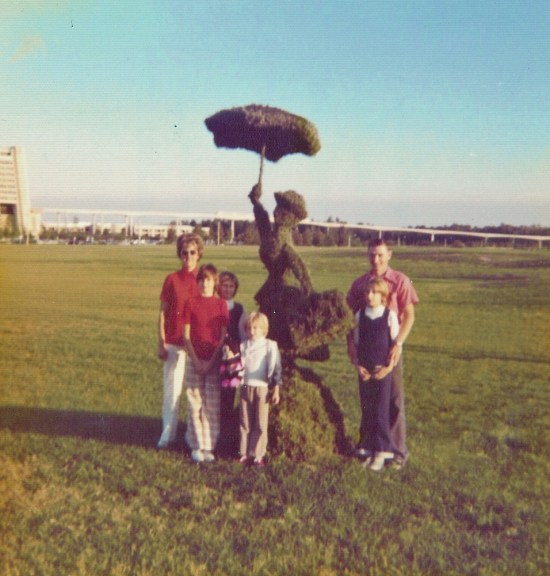 FamilyPoppins - 1975 - Throwback Thursday