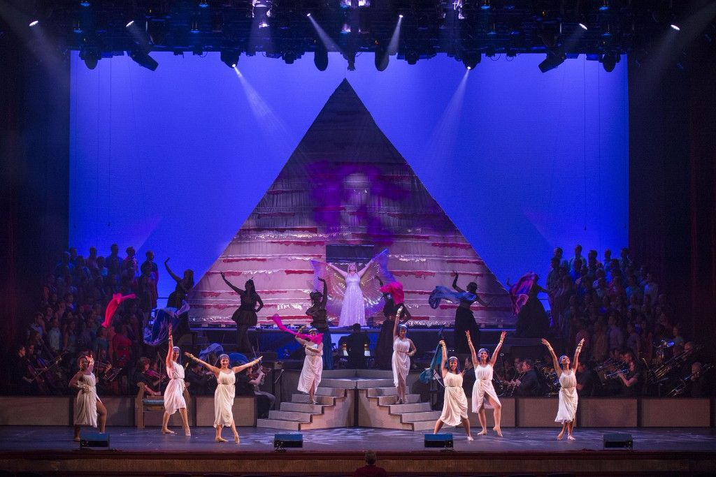 Aidia-Encore-Performance-at-the-Dr.-Phillips-Center-2