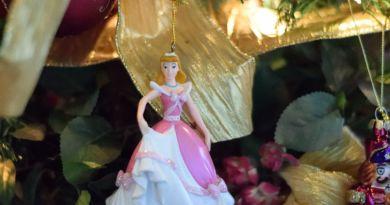Cinderella tree ornament