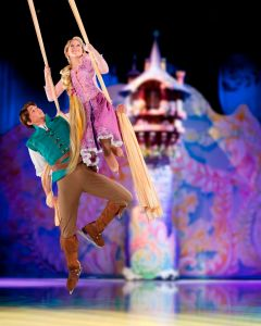 Rapunzel and Flynn - Disney on Ice