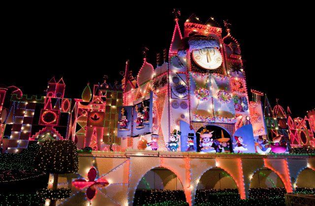 Disneyland It's a Small World Holidays