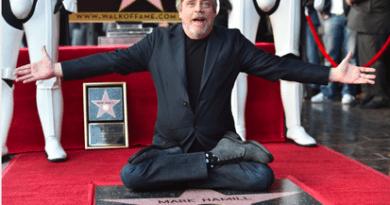 Mark Hamill Star Wars Hollywood Star