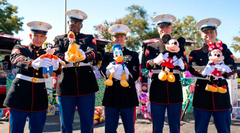 toys for tots disney