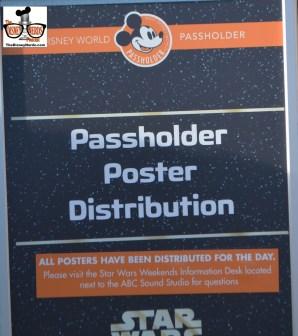 Star Wars Weekend 2015 - Annual Passholder Movie Poster Distribution