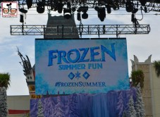 #FrozenSummer hashtag is in big use