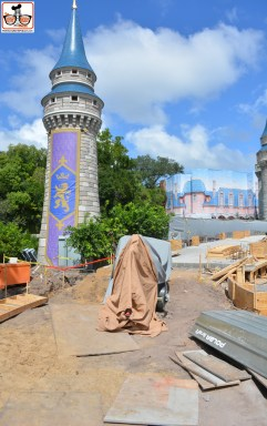 Castle Hub Construction - This is the Turret on the left side of the castle