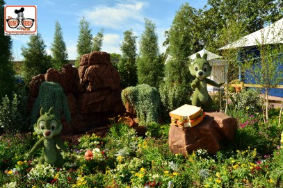 DNP April 2016 Photo Report: Epcot Flower and Garden Festival. Chip and Dale with Mickey's Lunch