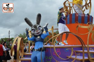 DNP April 2016 Photo Report: Magic Kingdom: Judy Hopps from Zootopia is part of the Move it shake it..