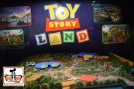 Finally - A details look at Toy Story Land!