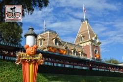 Halloweentime on Main Street USA - Disneyland - Train Station