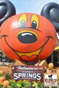 Welcome Sign Photo Opp - Happy Halloween