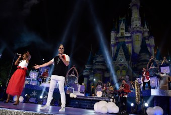 "Indie pop band Fitz and The Tantrums performs at Magic Kingdom Park at Walt Disney World Resort in Lake Buena Vista, Fla., Sunday, Nov. 5, 2017, during a taping of ""The Wonderful World of Disney: Magical Holiday Celebration.Ó The TV special premieres Thursday, November 30, 9Ð11p.m. ET, on The ABC Television Network. (Mark Ashman, photographer)"