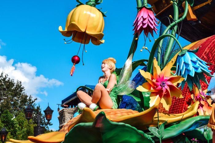 Disney's Festival of Fantasy parade