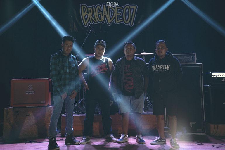 Brigade 07 Punk Love Story Video