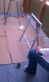 In the process of spray painting the primer on the ikea legs