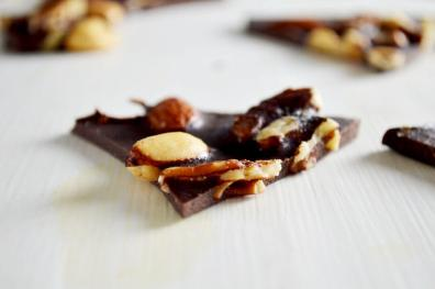 Clean Eating Chocolate Bark