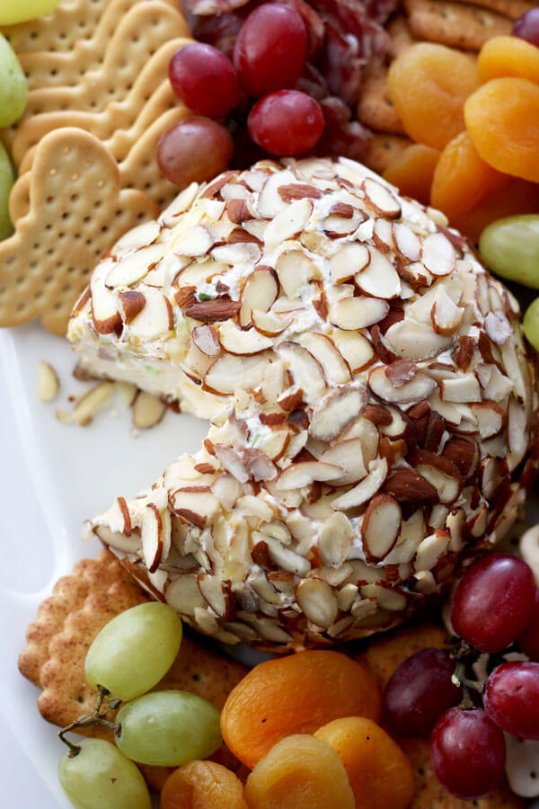 Classic Onion Cheeseball