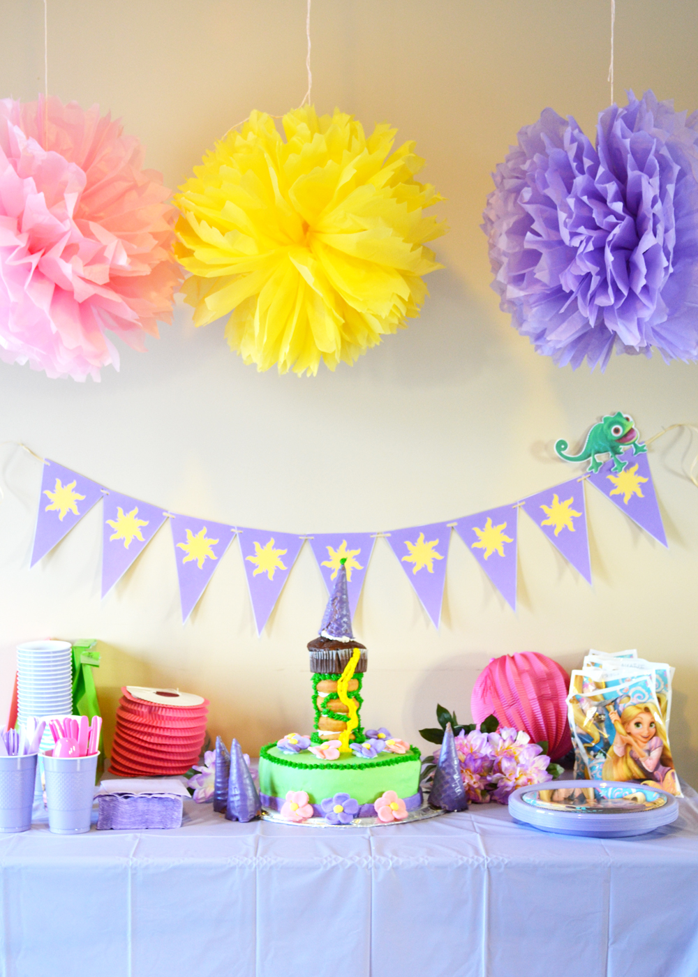 Throw A Rapunzel Theme Party The Diy Mommy