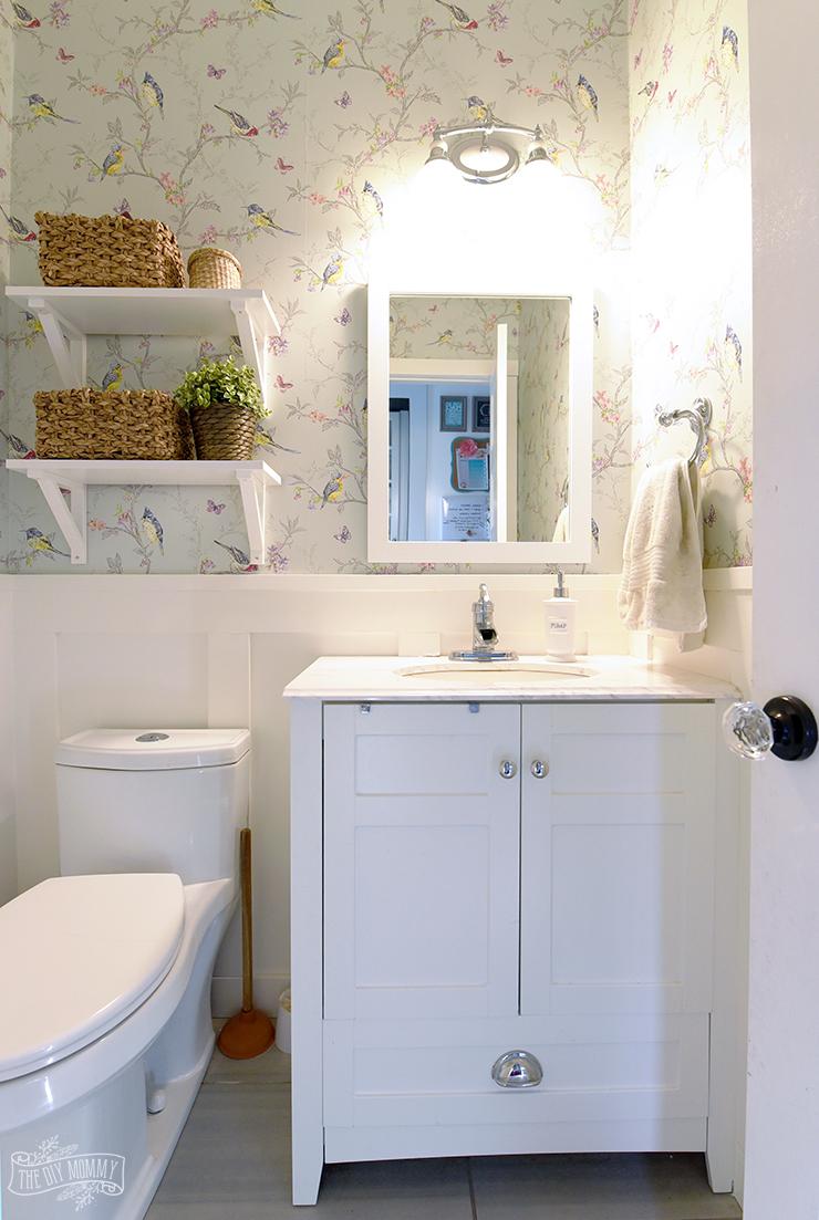 Small Bathroom Organization Ideas - The DIY Mommy on Small Bathroom Ideas id=46623