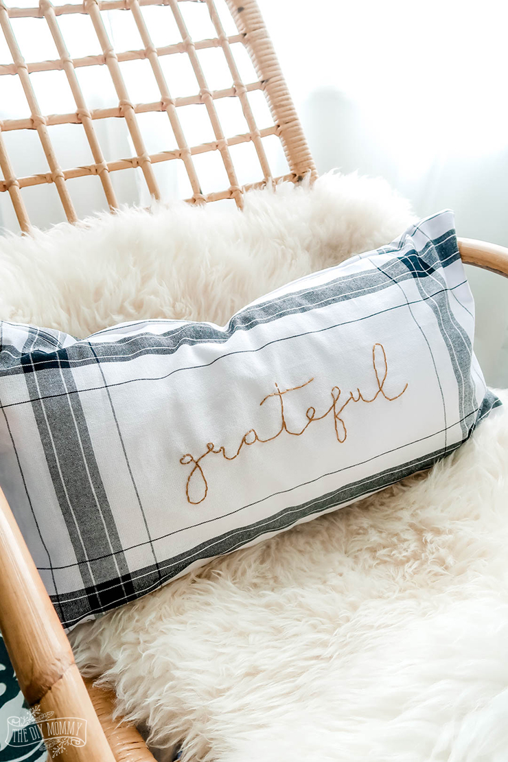 Diy Fall Pillow From Dollar Tree Towels The Diy Mommy