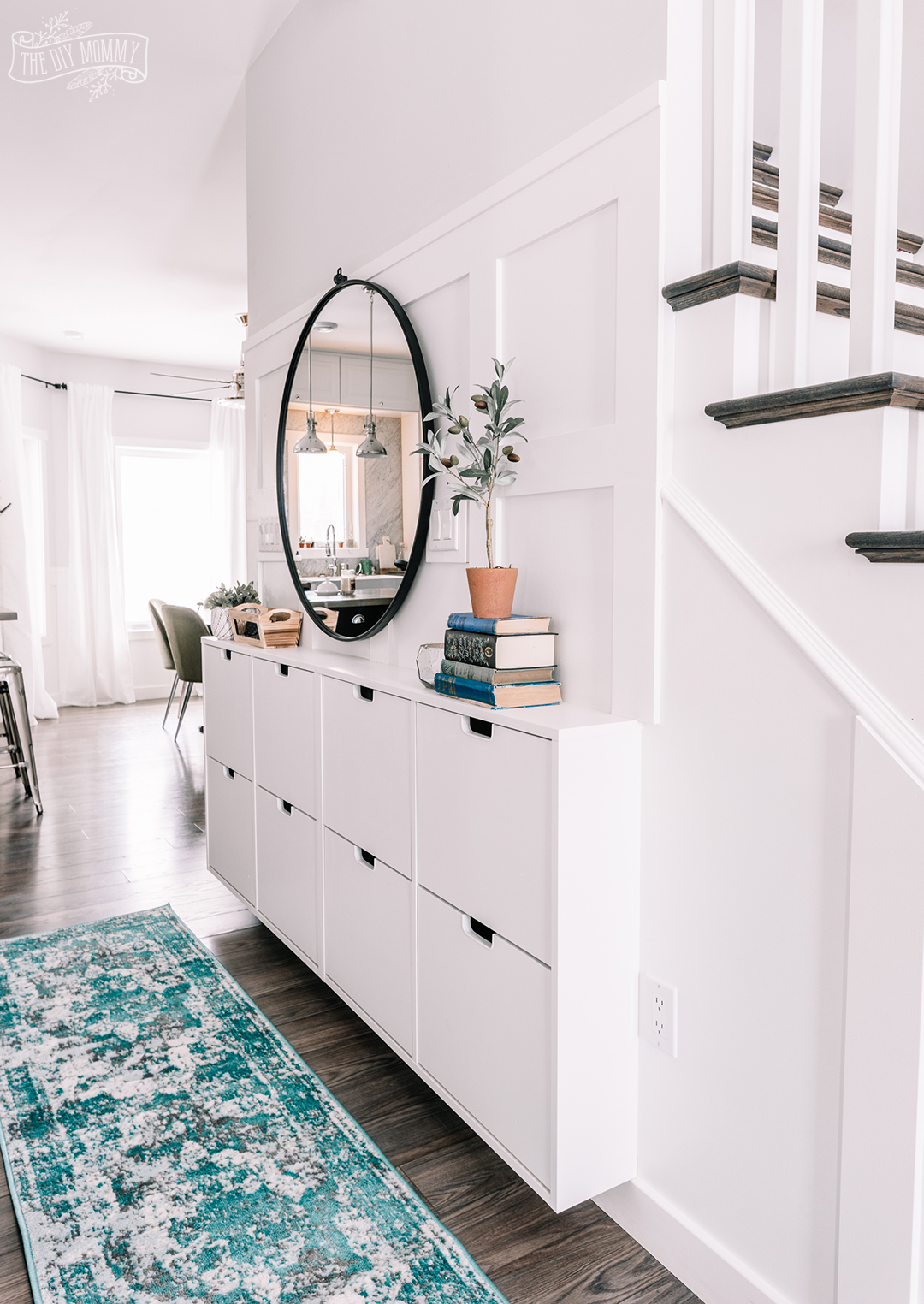 small entry makeover with tons of