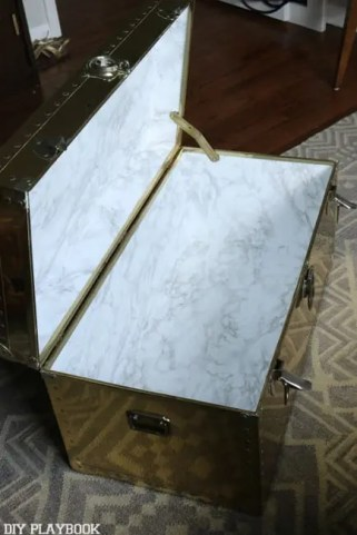 trunk lined marble paper
