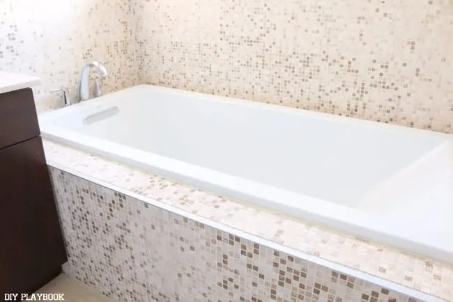 Master bathroom bathtub