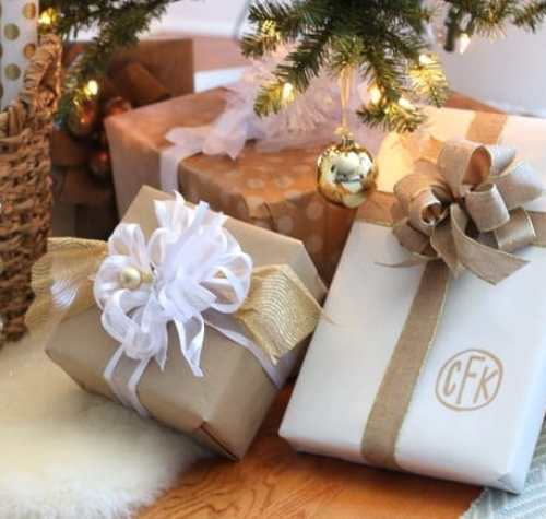 Christmas gifts bow