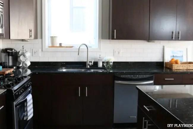 13-white-kitchen-backsplash-augusta-progress