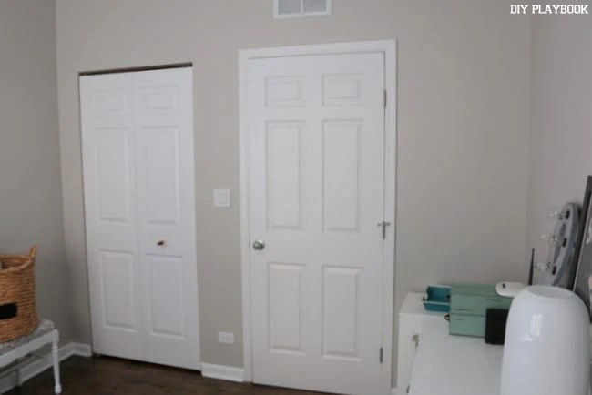 guest-room-doorway-before