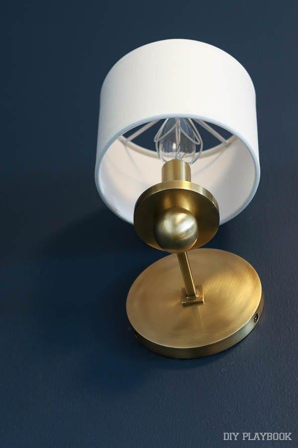 light-bulb-wall-sconce