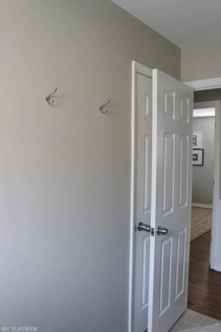 bathroom_before_shiplap-3