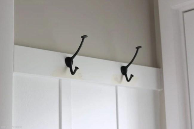 laundry_room_board_and_batten_hooks-5