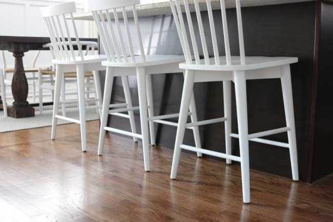 white_counterstools_kitchen-8