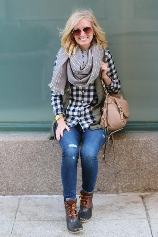 bridget-fall-plaid-vest-boots-jeans-casual-fashion-2