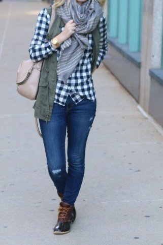 bridget-fall-plaid-vest-boots-jeans-casual-fashion-9