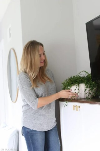 lowes-makeover-bedroom-reveal-casey-plant