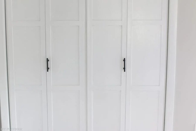 lowes-makeover-bedroom-reveal-closet-door-straight-view