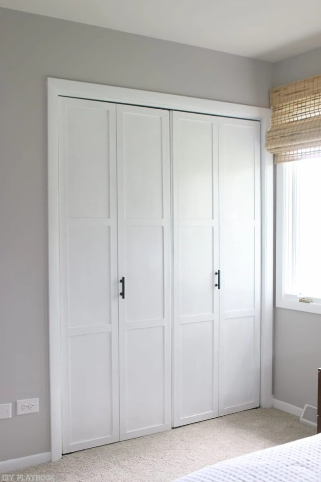 lowes-makeover-bedroom-reveal-closet-doors