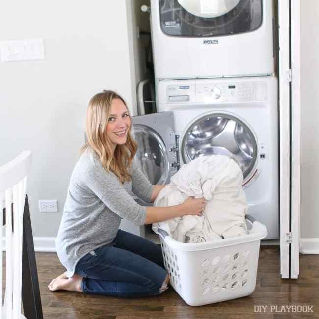 casey-maytag-laundry