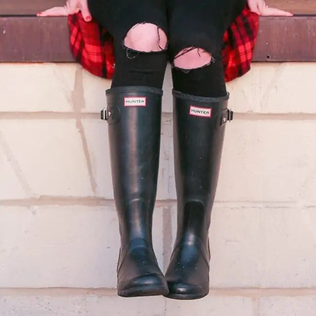 black-hunter-boots-flannel