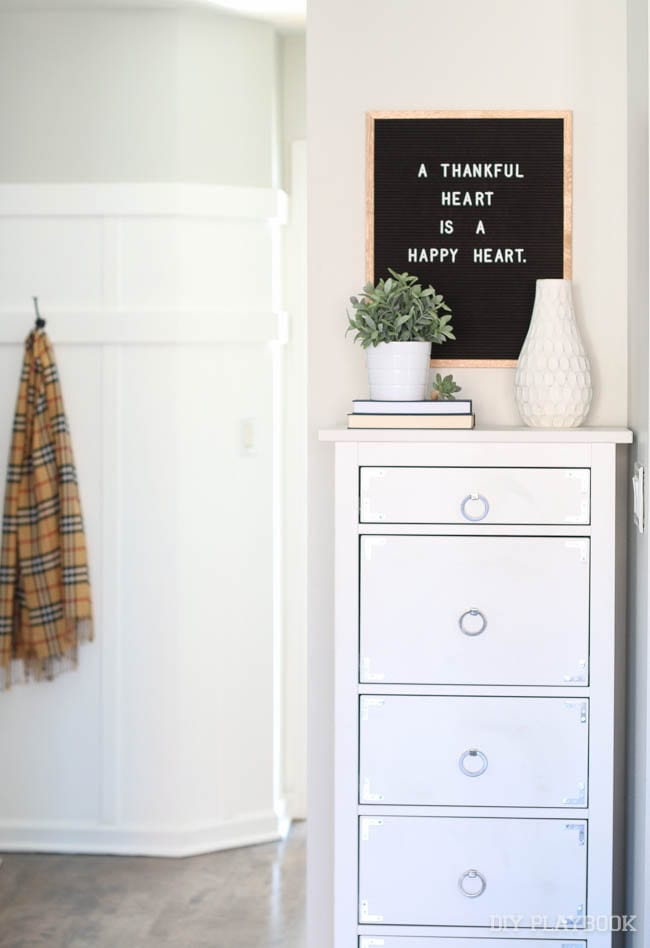 hallway-letterfolk-sign