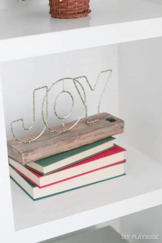 joy-sign-books-built-ins-christmas