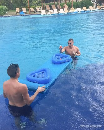 beer-pong-pool-mexico