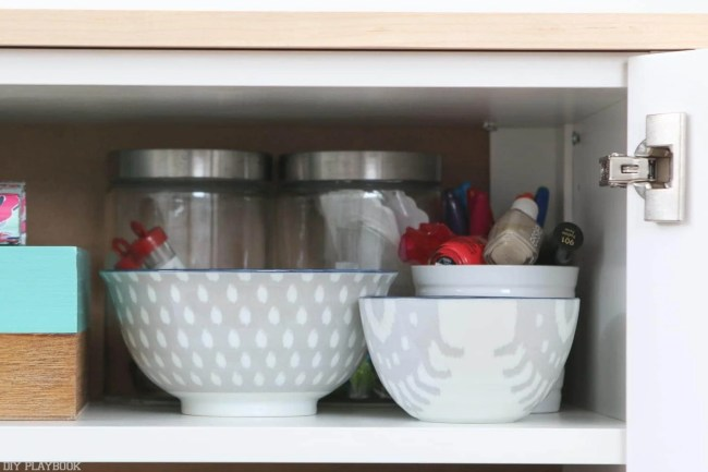diy-fauxdenza-organization-shelf