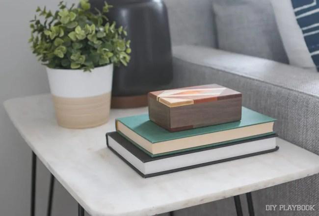 books-wood-box