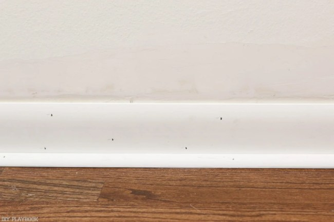 How_to_install_Shiplap_Baseboard_Progress-43