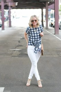 Spring_Fashion_Inspo_White_Jeans_Madewell_Shirt_Chicago