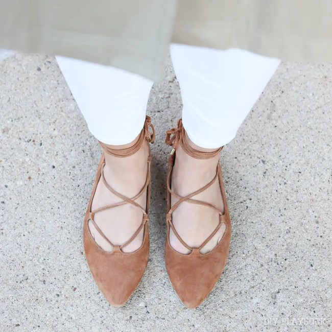 flats-lace-up-cognac